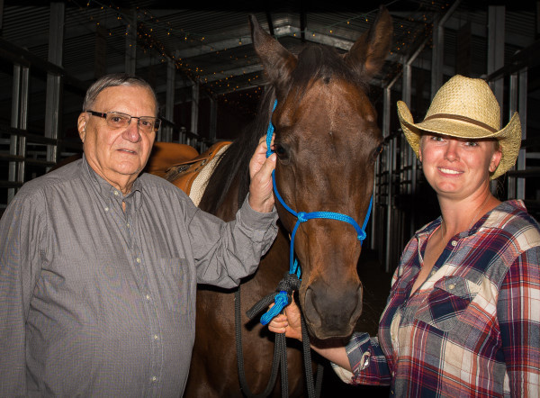 Thanks to Sheriff Joe Arpaio for helping to Feed a Horse in Need!